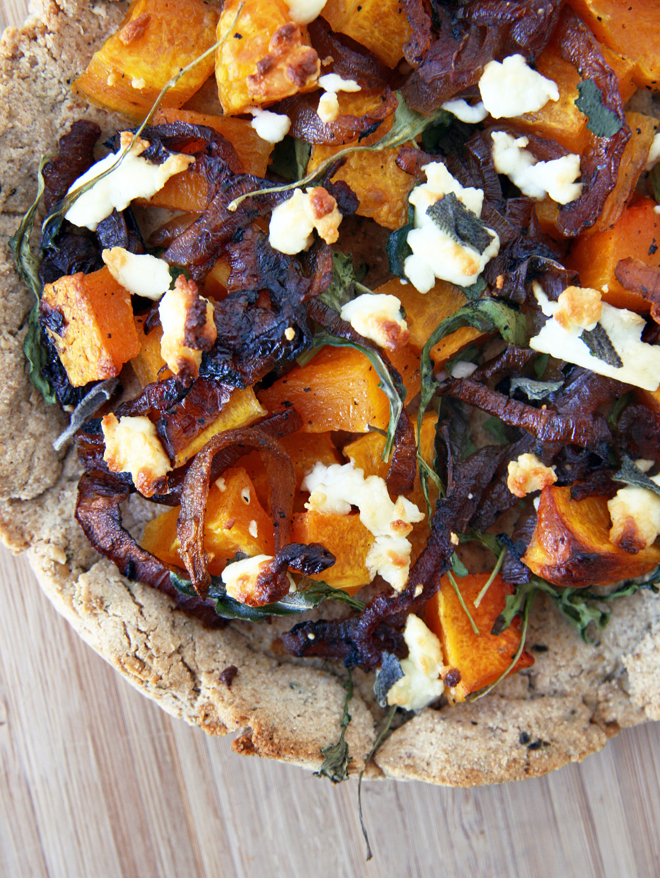 butternut goat cheese pizza2