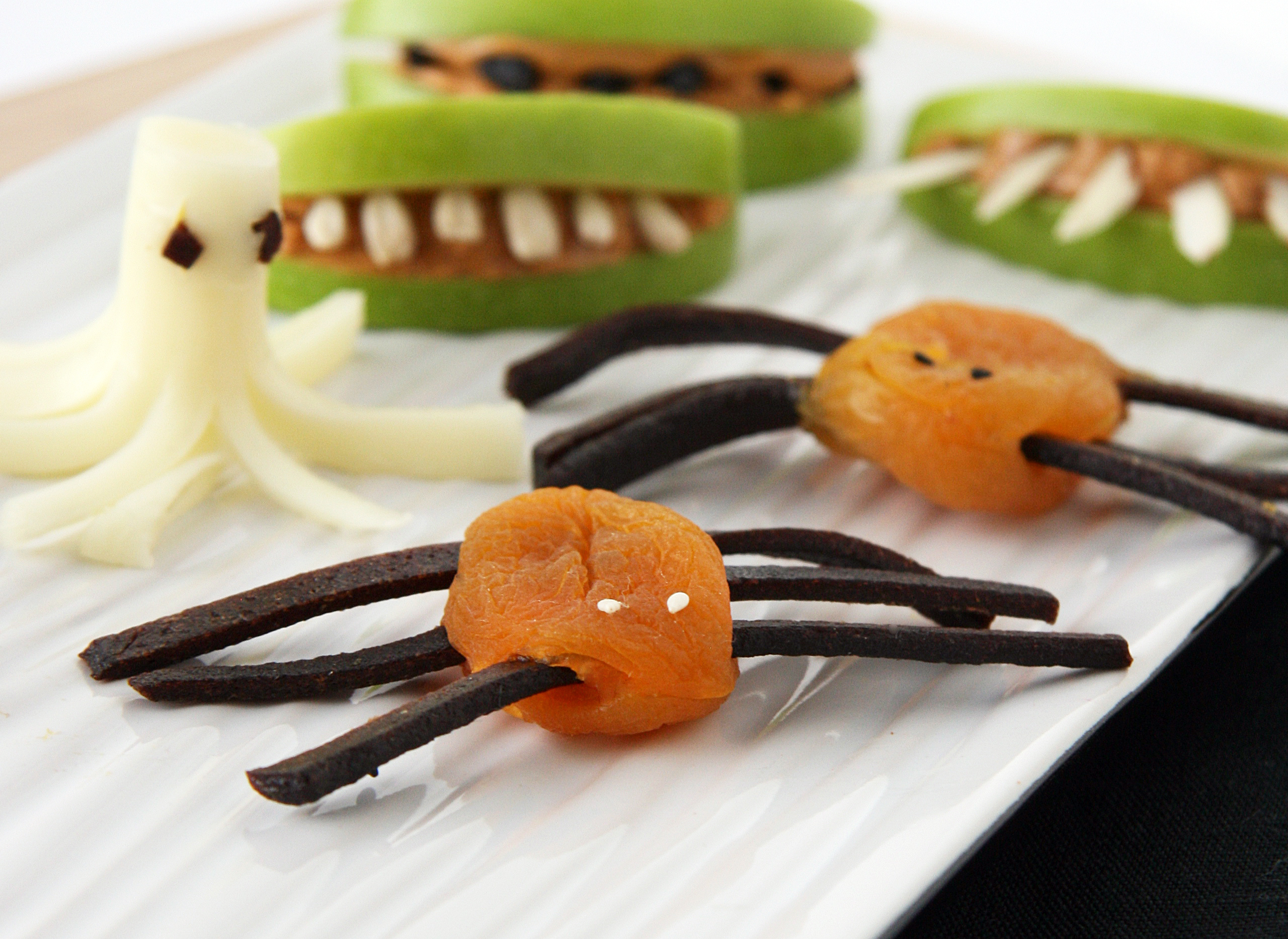 easy and healthy halloween snacks natural noshing easy and healthy halloween snacks natural noshing - Healthy Halloween Snacks For Toddlers
