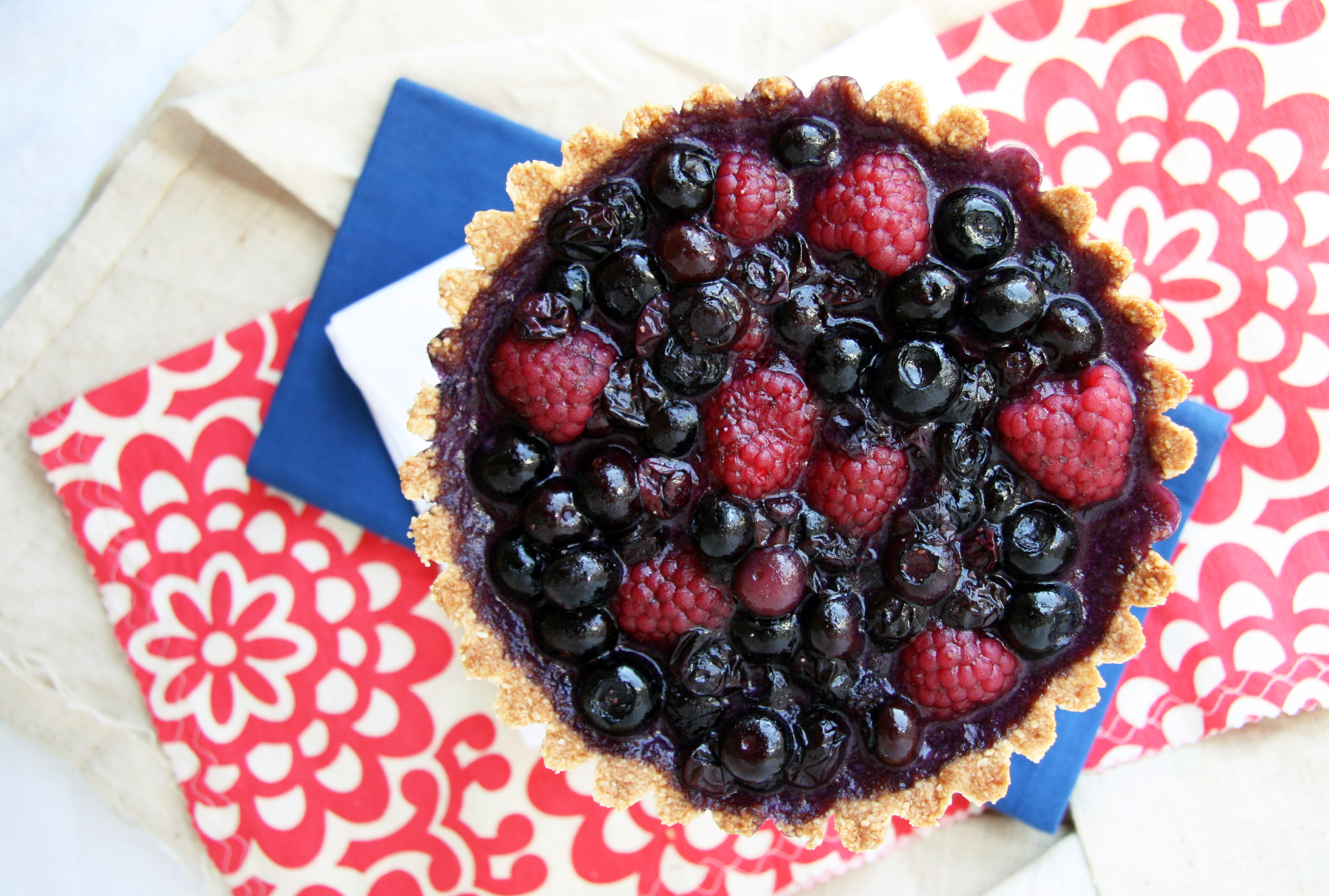 Summer Lovin' Fresh Berry Tart