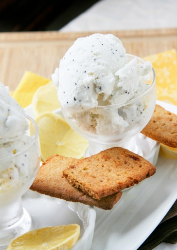 lemon poppyseed ice cream2
