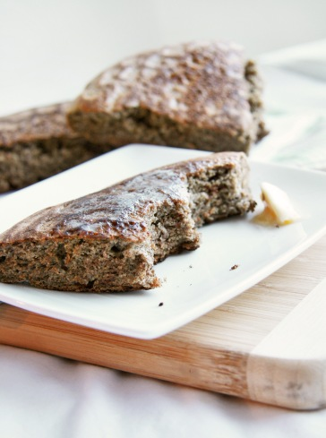 quinoa buckwheat skillet bread bite3