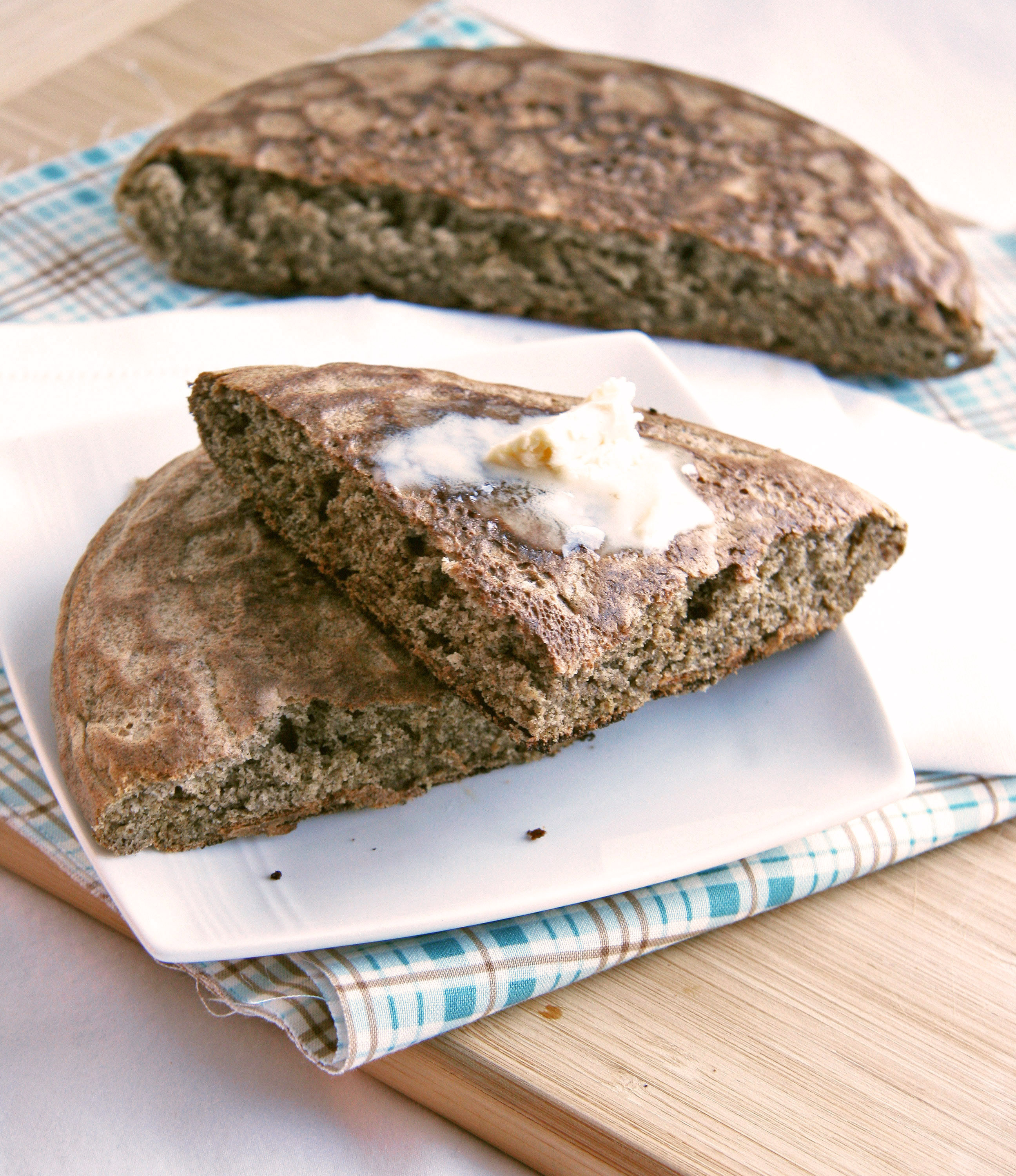 Quick Quinoa-Buckwheat Skillet Bread (SRC) | Natural Noshing