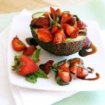 strawberry bruschetta avocado