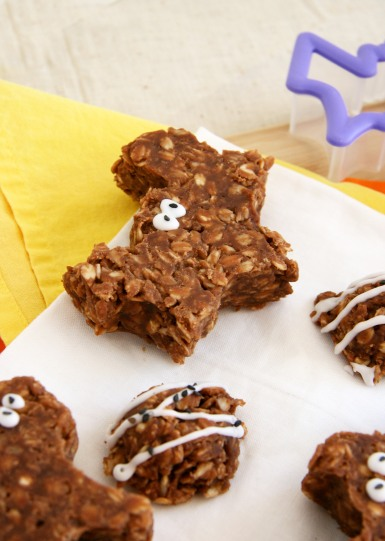 Halloween no bake cookies bat